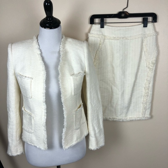 Magaschoni Dresses & Skirts - Magaschoni Collection ivory tweed suit set size 2